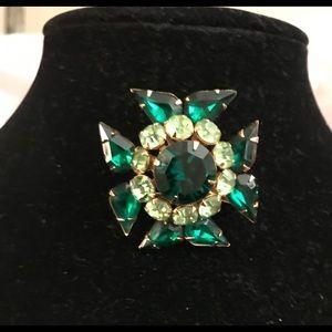 Vintage Judy Lee brooch